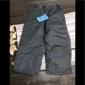 NWT children's place black snow pants Sz 5